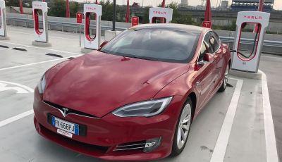 Ricariche gratis prorogate fino al 15 luglio per Tesla Model S ed X