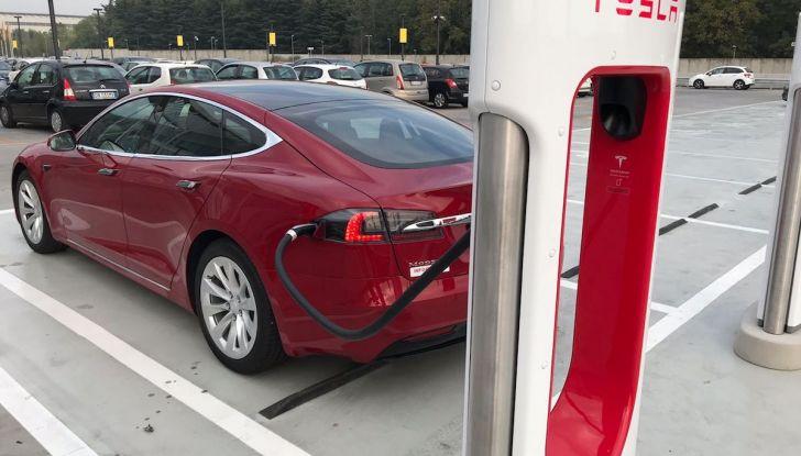 Ricariche gratis prorogate fino al 15 luglio per Tesla Model S ed X - Foto 7 di 13