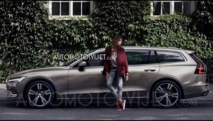 Volvo V60 2018: tutta nuova, con linee più moderne e tanta tecnologia - Foto 1 di 20