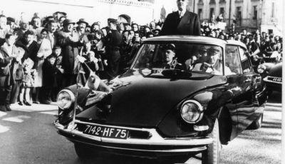 DS AUTOMOBILES con le auto presidenziali al salone Rétromobile