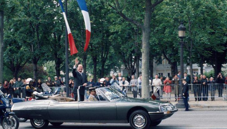 DS AUTOMOBILES con le auto presidenziali al salone Rétromobile - Foto 3 di 4