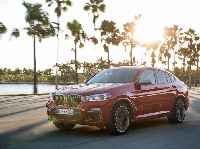 BMW X4 2018, il SUV Coupé di Monaco arriva alla seconda serie - Foto 11 di 56