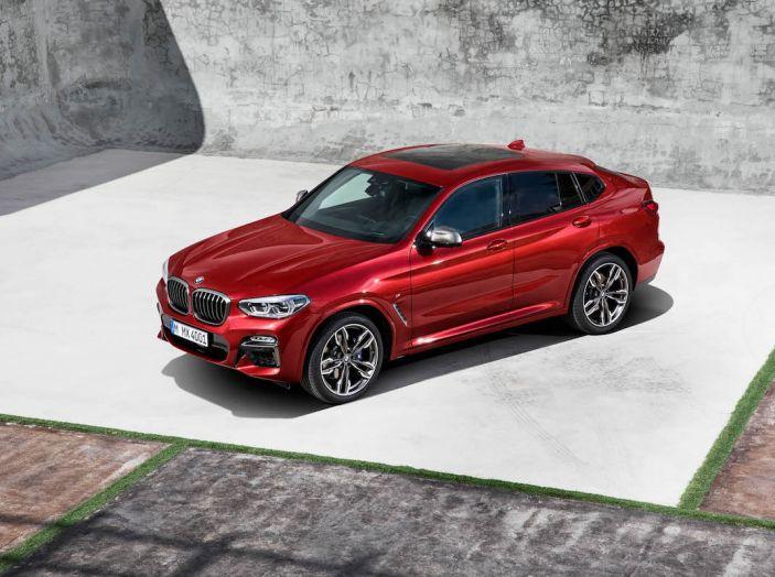 BMW X4 2018, il SUV Coupé di Monaco arriva alla seconda serie - Foto 22 di 56