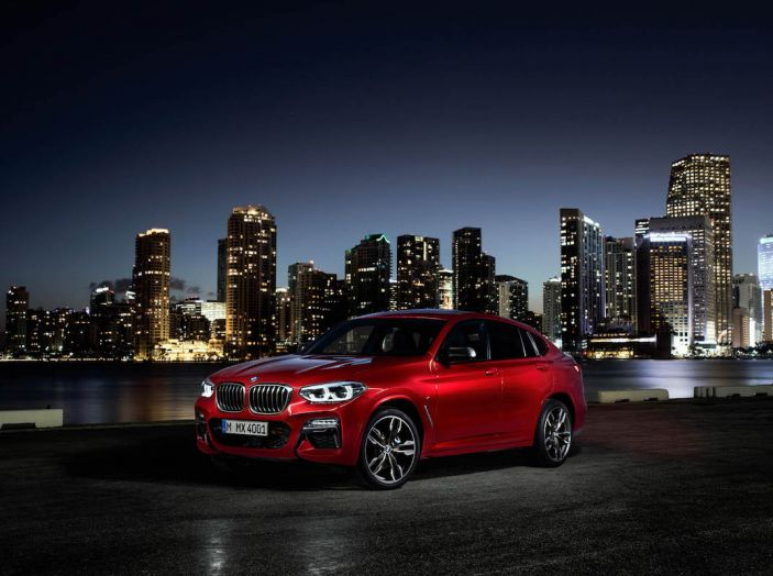 BMW X4 2018, il SUV Coupé di Monaco arriva alla seconda serie - Foto 35 di 56