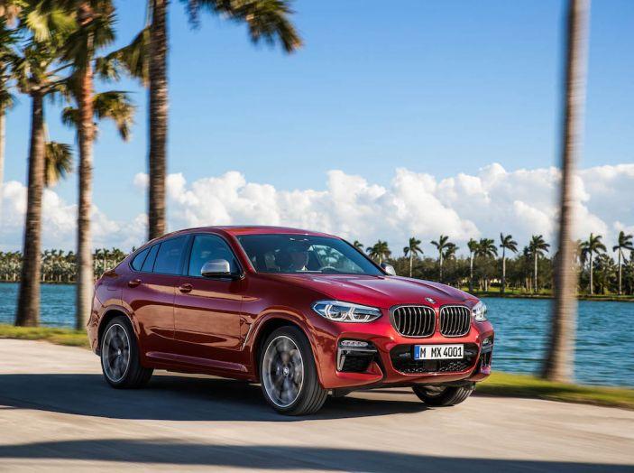 BMW X4 2018, il SUV Coupé di Monaco arriva alla seconda serie - Foto 8 di 56