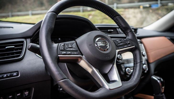 [VIDEO] Prova su strada Nissan X-Trail 2017 – il SUV 7 posti con 4x4i - Foto 25 di 42