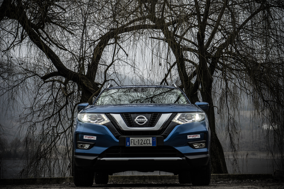 Nissan X-Trail 2017, frontale