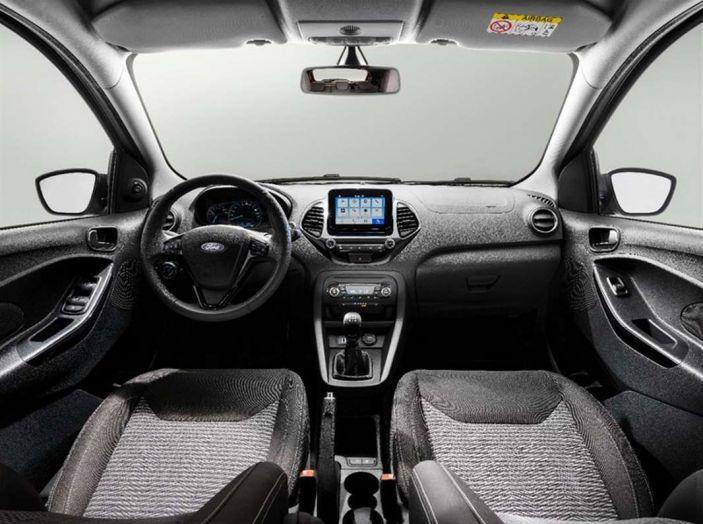 Ford Ka+ Active 2018, la compatta con elementi da crossover - Foto 10 di 16