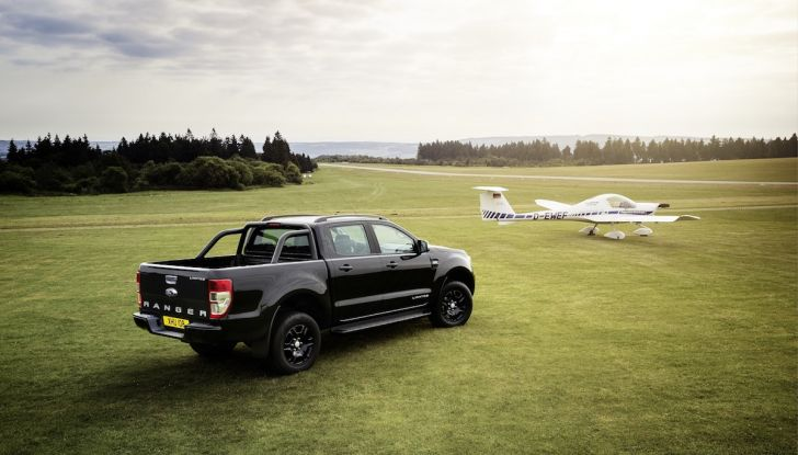 Ford Ranger Black Edition: il pickup dell'Ovale è Back in Black - Foto 2 di 6