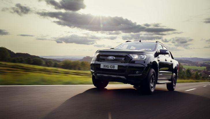 Ford Ranger Black Edition: il pickup dell'Ovale è Back in Black - Foto 4 di 6
