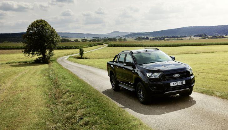 Ford Ranger Black Edition: il pickup dell'Ovale è Back in Black - Foto 5 di 6