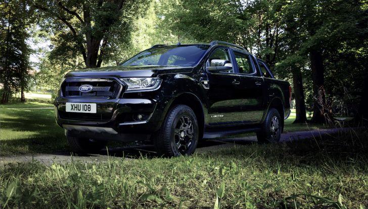 Ford Ranger Black Edition: il pickup dell'Ovale è Back in Black - Foto 3 di 6