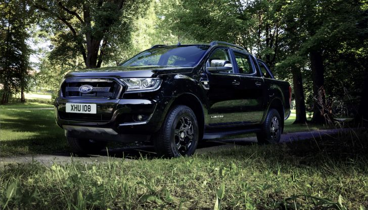 Ford Ranger Black Edition: il pickup dell'Ovale è Back in Black - Foto 3 di 6