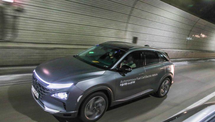 Hyundai Nexo: auto a idrogeno Fuel Cell e a guida autonoma di livello 4 - Foto 4 di 4