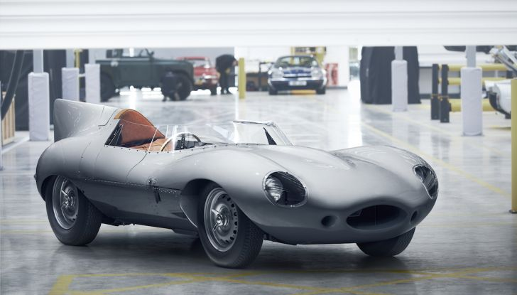 Jaguar D-Type, regina di Le Mans, torna in produzione nel 2018 - Foto 1 di 15