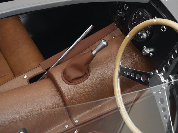 Jaguar D-Type, regina di Le Mans, torna in produzione nel 2018 - Foto 14 di 15