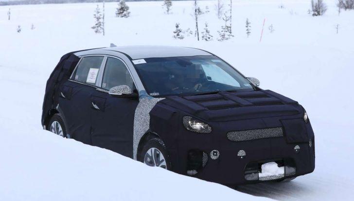 Kia Niro EV, primi test drive per la variante elettrica - Foto 3 di 15