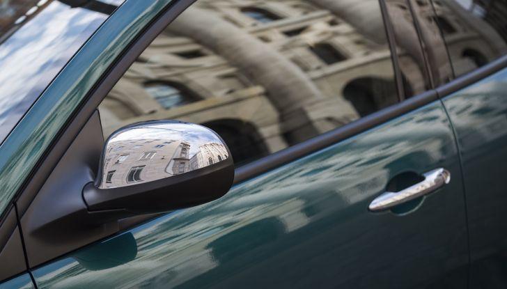 Nuova Lancia Ypsilon 2018: arrivano Elefantino Blu, Gold e Platinum - Foto 14 di 33