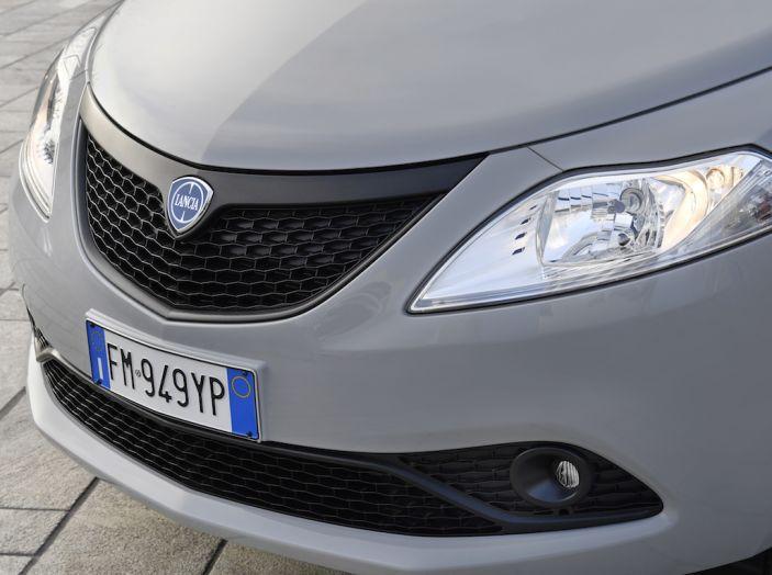 Nuova Lancia Ypsilon 2018: arrivano Elefantino Blu, Gold e Platinum - Foto 21 di 33