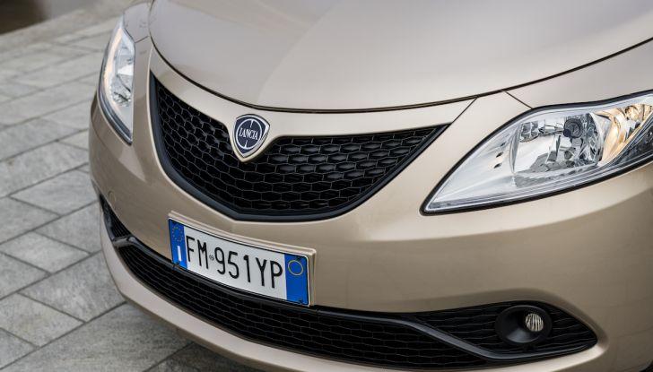 Nuova Lancia Ypsilon 2018: arrivano Elefantino Blu, Gold e Platinum - Foto 29 di 33