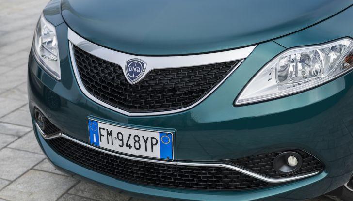 Nuova Lancia Ypsilon 2018: arrivano Elefantino Blu, Gold e Platinum - Foto 30 di 33