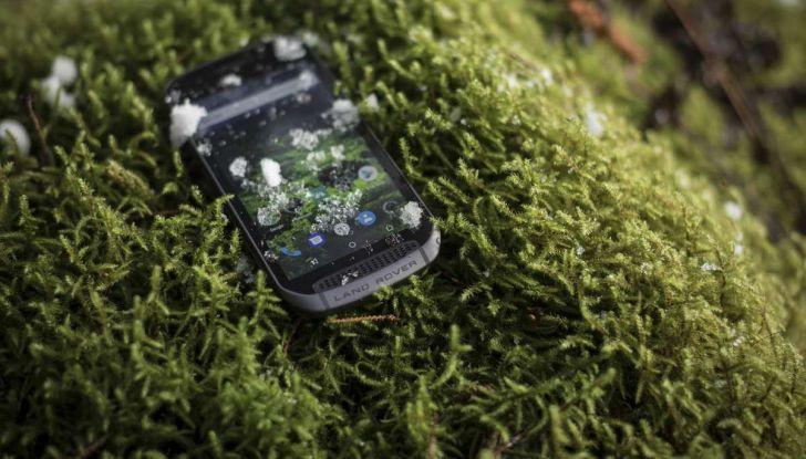 Land Rover Explorer Smartphone: caratteristiche tecniche - Foto 2 di 13