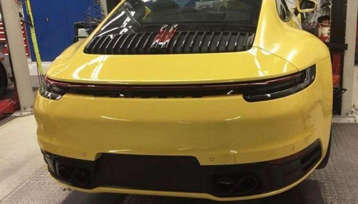 Nuova Porsche 911 2019, le prime immagini senza veli - Foto 1 di 6