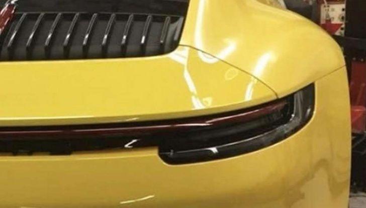 Nuova Porsche 911 2019, le prime immagini senza veli - Foto 3 di 6