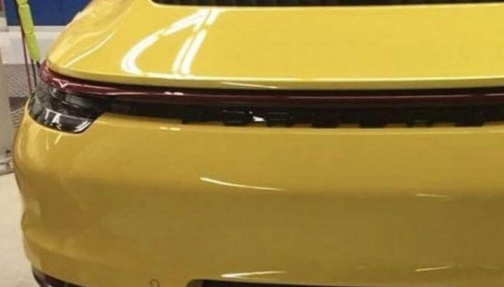 Nuova Porsche 911 2019, le prime immagini senza veli - Foto 4 di 6