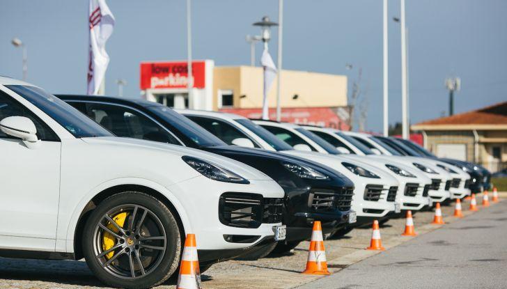 Porsche Cayenne 2018, prova su strada: la terza generazione allo stato dell'arte - Foto 5 di 44