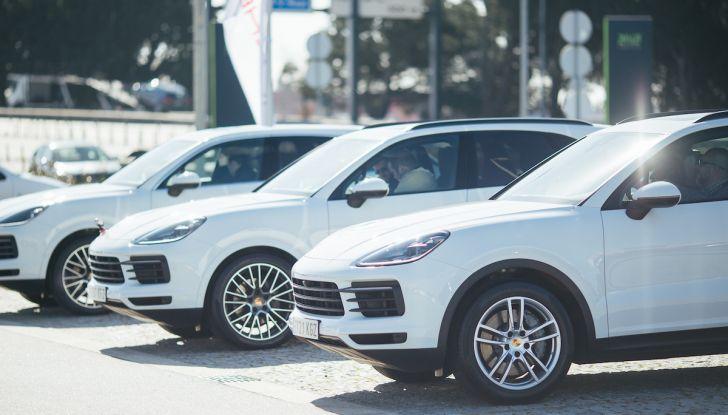 Porsche Cayenne 2018, prova su strada: la terza generazione allo stato dell'arte - Foto 3 di 44