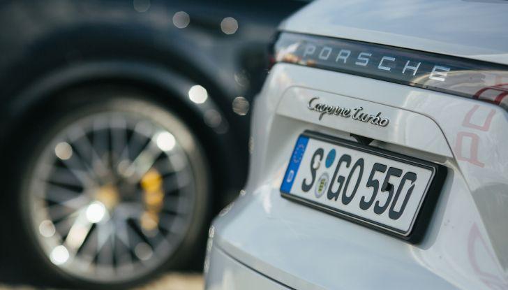 Porsche Cayenne 2018, prova su strada: la terza generazione allo stato dell'arte - Foto 7 di 44