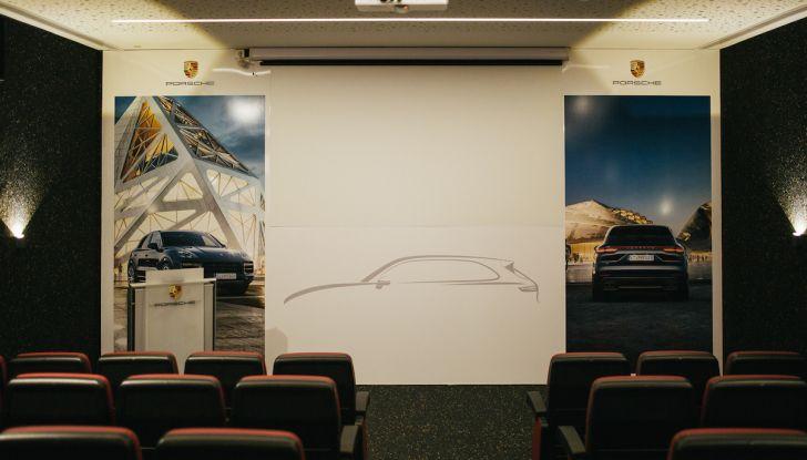Porsche Cayenne 2018, prova su strada: la terza generazione allo stato dell'arte - Foto 13 di 44