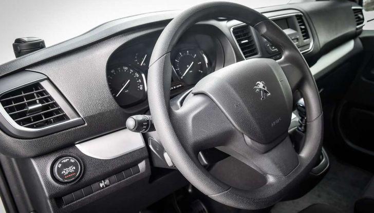 Peugeot Traveller Traction Control, il multispazio con trazione integrale - Foto 4 di 9