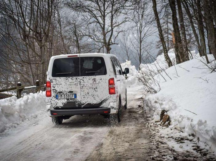 Peugeot Traveller Traction Control, il multispazio con trazione integrale - Foto 7 di 9