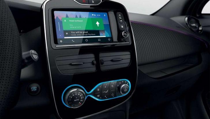 A Bologna car sharing 100% elettrico con 120 Renault ZOE - Foto 2 di 6