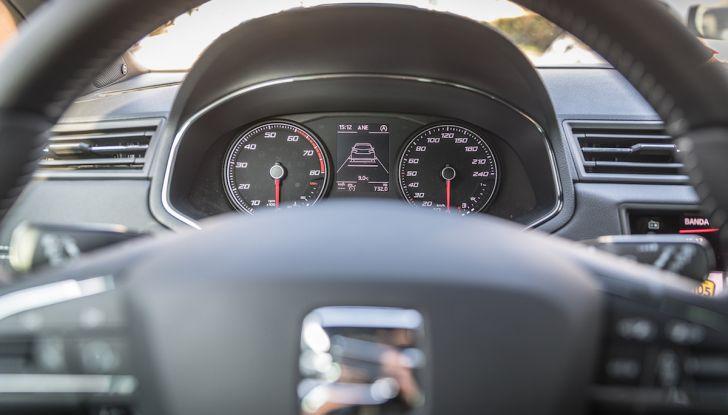 [VIDEO] Prova su strada SEAT Arona, tanta tecnologia in questo SUV compatto - Foto 12 di 37