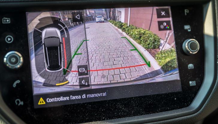 [VIDEO] Prova su strada SEAT Arona, tanta tecnologia in questo SUV compatto - Foto 15 di 37