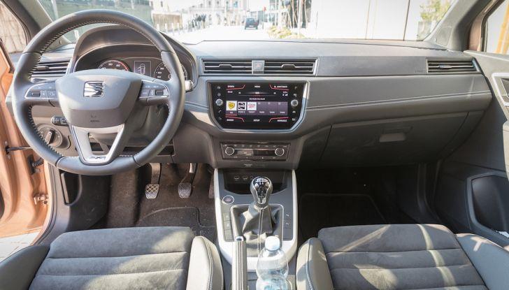 [VIDEO] Prova su strada SEAT Arona, tanta tecnologia in questo SUV compatto - Foto 28 di 37