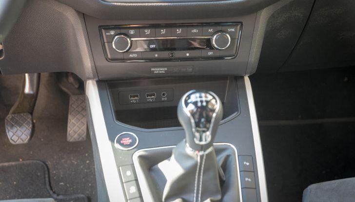 [VIDEO] Prova su strada SEAT Arona, tanta tecnologia in questo SUV compatto - Foto 31 di 37