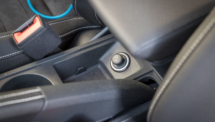 [VIDEO] Prova su strada SEAT Arona, tanta tecnologia in questo SUV compatto - Foto 33 di 37