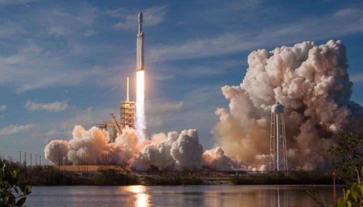 Elon Musk di Tesla, entro un anno ci saranno un milione di vetture autonome - Foto 12 di 14