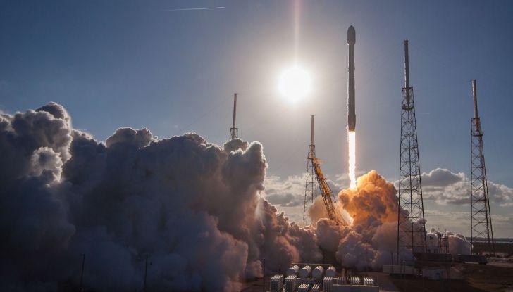 Elon Musk di Tesla, entro un anno ci saranno un milione di vetture autonome - Foto 9 di 14