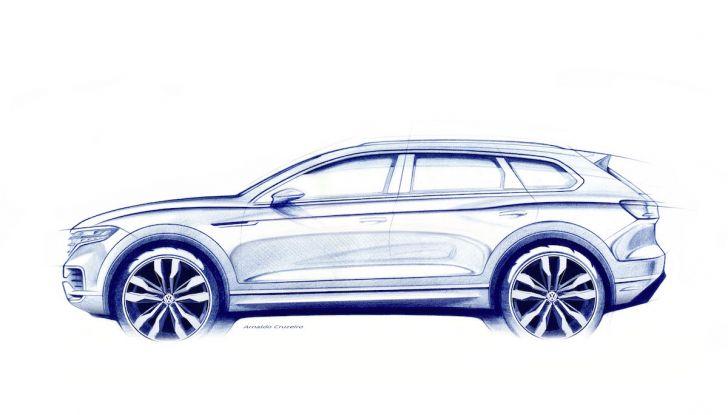 Come funziona la guida semi-autonoma della nuova Volkswagen Touareg 2018 - Foto 10 di 10