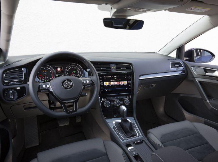 Volkswagen verso il Biometano con Up!, Polo e Golf: Rivoluzione Ecologista - Foto 33 di 44