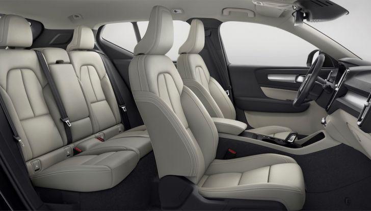 Volvo XC40: nel 2020 arriva la versione 100% elettrica - Foto 31 di 38