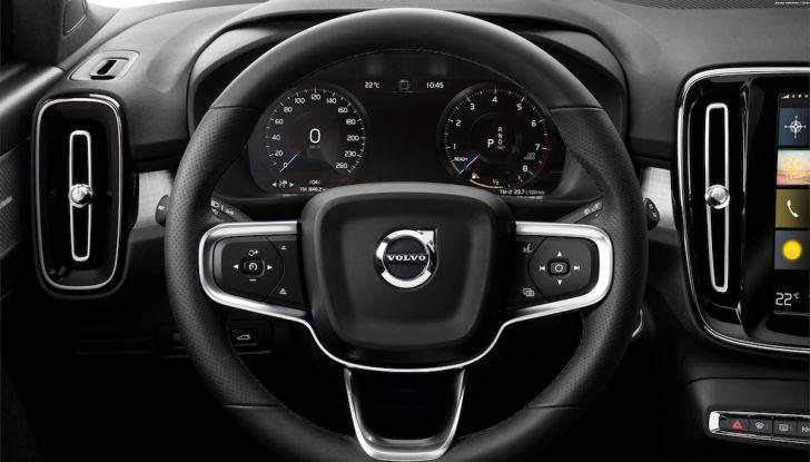 Volvo XC40: nel 2020 arriva la versione 100% elettrica - Foto 30 di 38