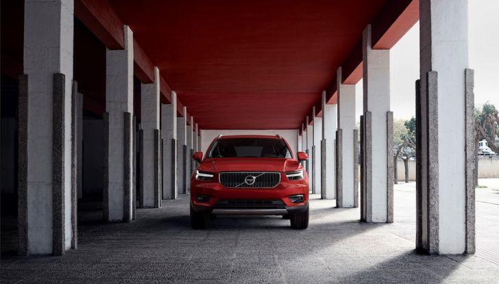 Volvo XC40: nel 2020 arriva la versione 100% elettrica - Foto 28 di 38