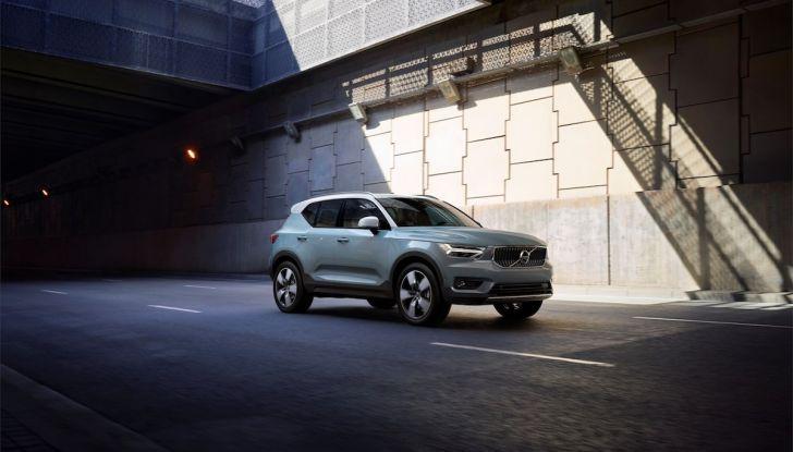Volvo XC40: nel 2020 arriva la versione 100% elettrica - Foto 25 di 38