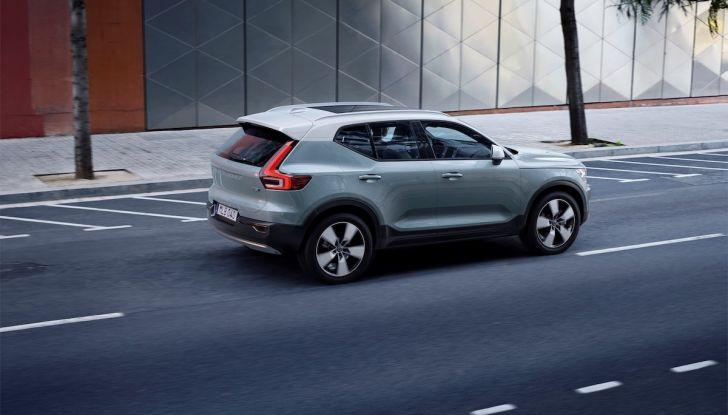 Volvo XC40: nel 2020 arriva la versione 100% elettrica - Foto 24 di 38